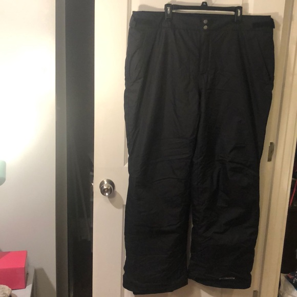 Columbia XXL Black Snowpants with Omni-Tech lining